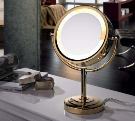 Best lighted make up mirror a very cozy home for Long stand up mirror