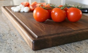Beautiful Wood Cutting Board FOR THE CLASSY KITCHEN