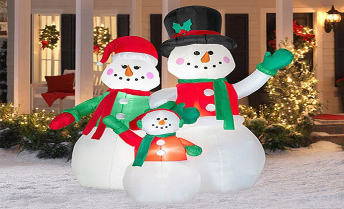 best christmas outdoorlawn decorations