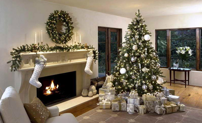 Best Christmas Tree Type - A Very Cozy Home