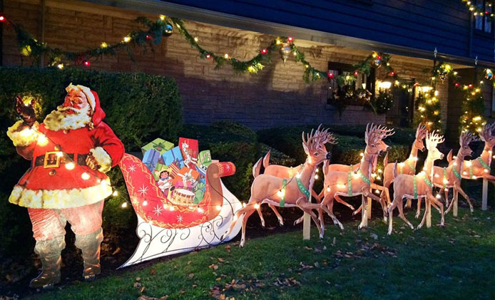 Christmas Yard Displays
