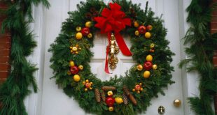 Christmas Wreaths Reviews