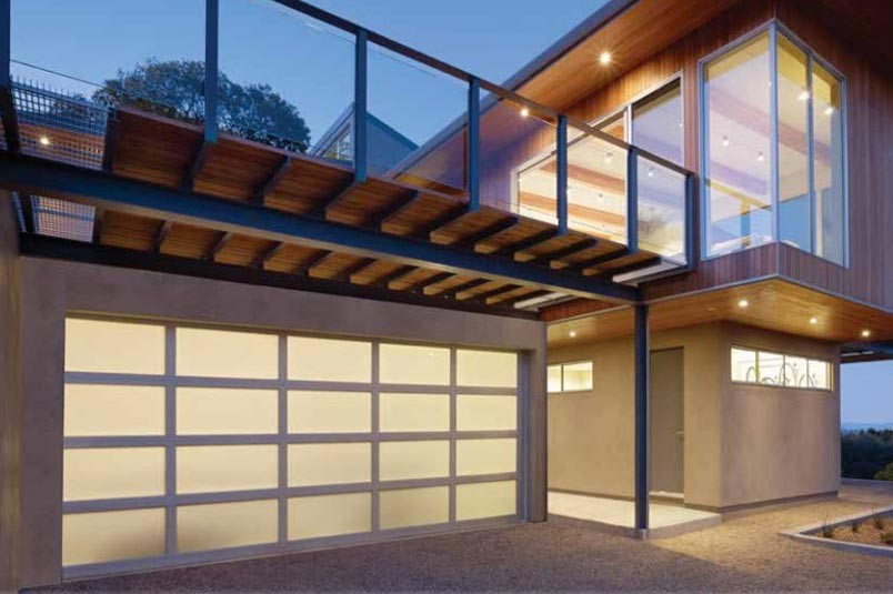 Tips To Pick And Get Your Garage Door Installed A Very Cozy Home