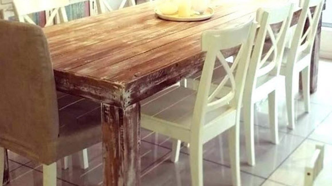 6 Benefits of a Handmade Dining Table - A Very Cozy Home