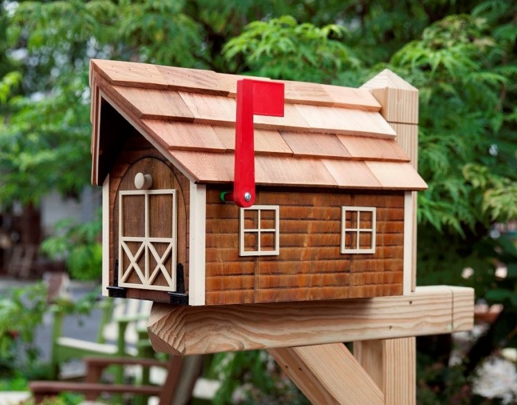 Mailbox for house