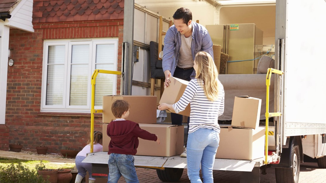 Residential Moving Service When Moving a Long Distance