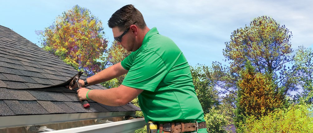 Check While Choosing Roofing Services Offered by Professionals
