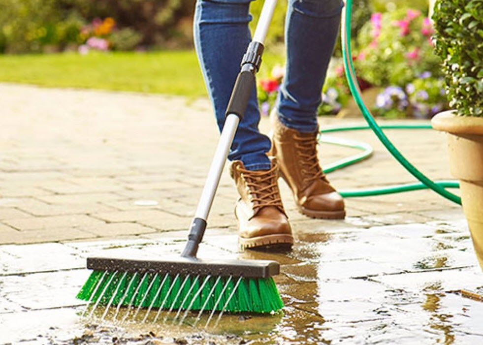 wash clean the patio and paths