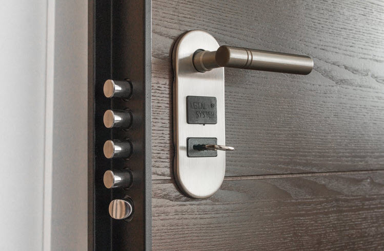 why hire locksmith in vancouver
