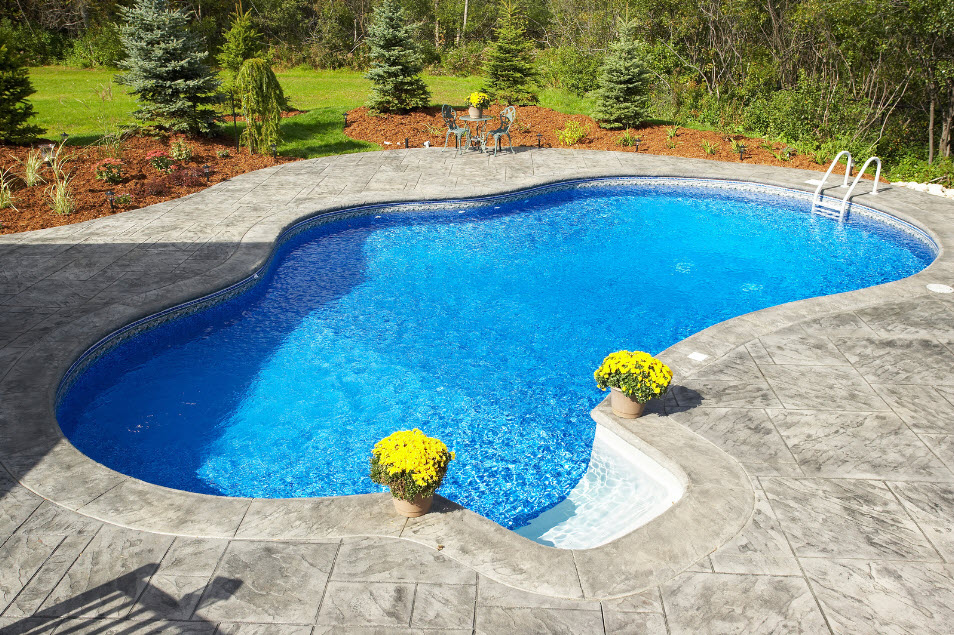 how to clear cloudy swimming pool