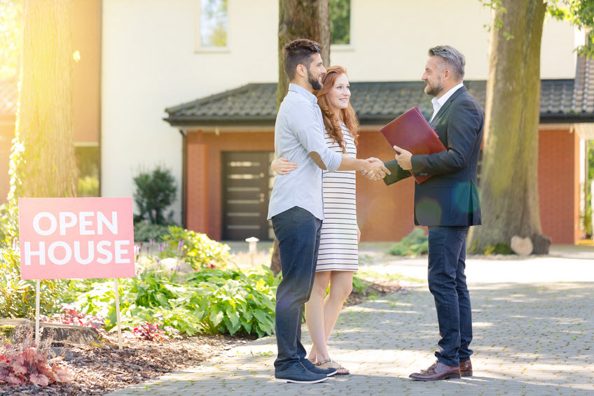 tips for Becoming Real Estate Agent