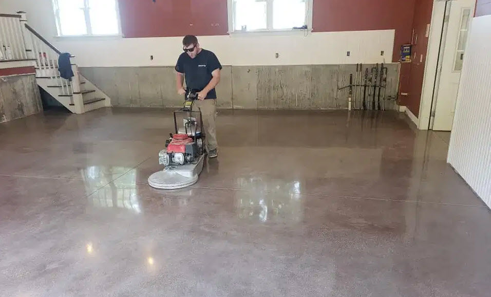 Difference between concrete polishing and grinding