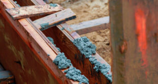 difference between Formwork and shuttering