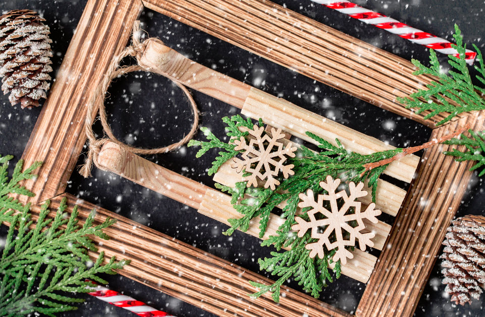 How to Make Your Own Holiday Photo Frames the Right Way