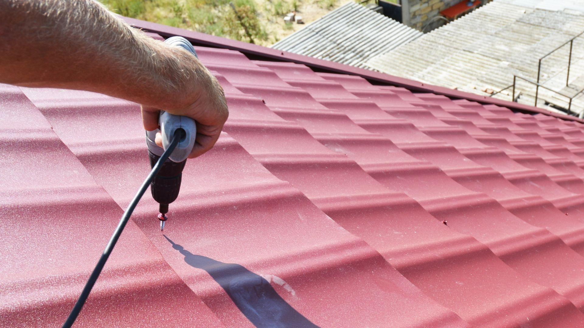 How do you find a reliable roofing contractor?